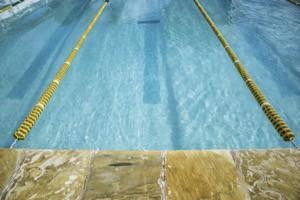 simbassäng simning