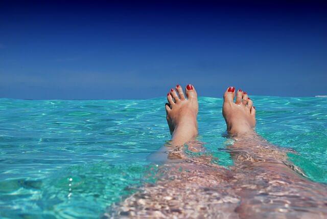 simma saltvatten havet
