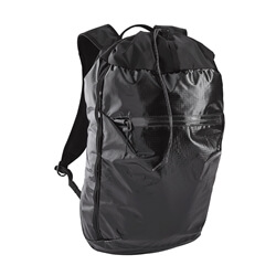 Test av ryggsäcken Patagonia Lightweight Black Hole Cinch Pack 20L
